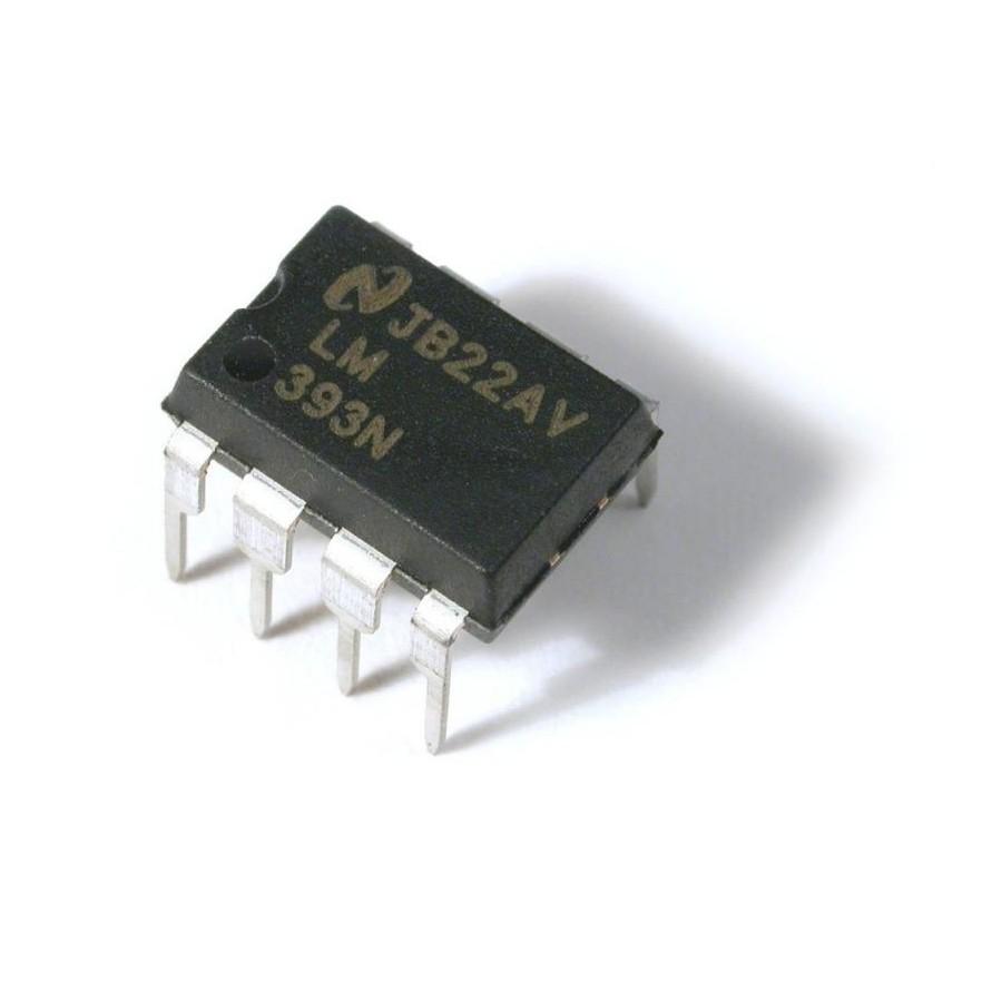 LM393